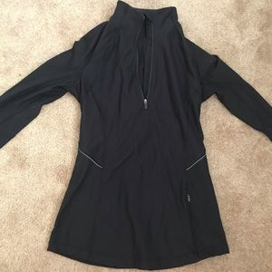 Lululemon Run Briskly 1/2 zip Black Size 2